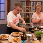 Natjecatelji 'Večere za 5 na selu' stat će pred stručni žiri showa 'Tri, dva, jedan – kuhaj!