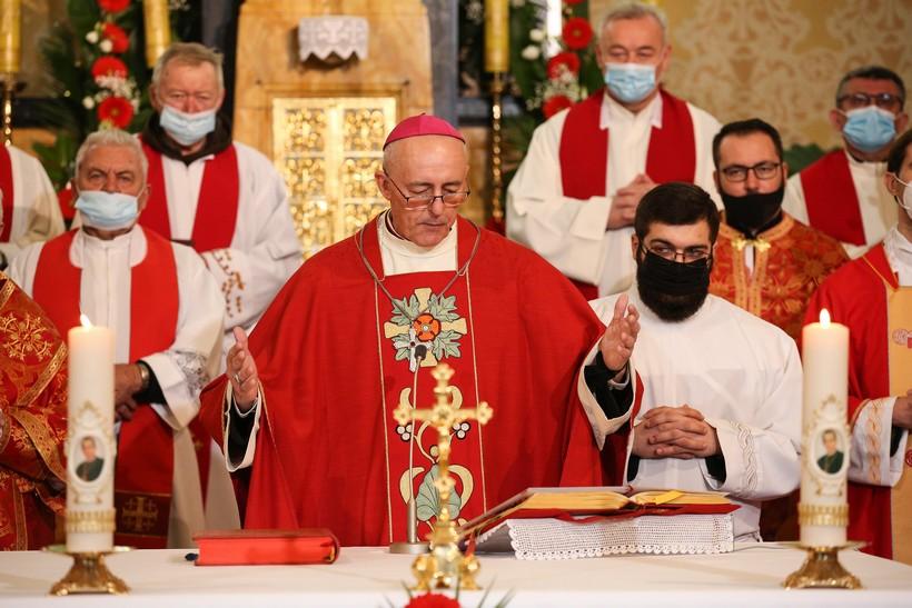 Apostolski nuncij Giorgio Lingua predvodio miisno slavlje povodom 61. obljetnice Stepinčeve smrti
