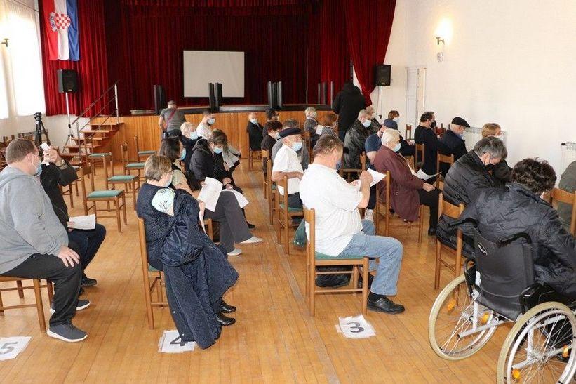 🖼️ Velik interes za cijepljenje u Legradu, sljedeći punkt u Đurđevcu