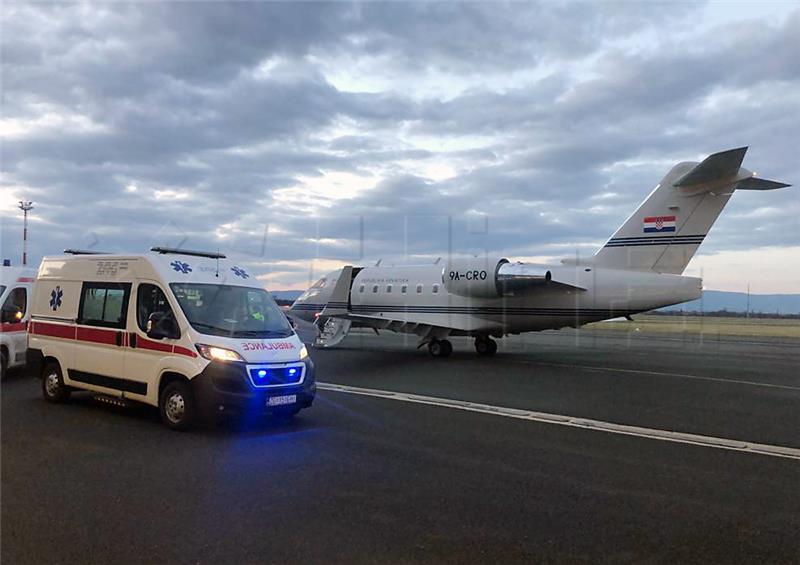 Državnim zrakoplovom iz Dubrovnika prevezen oboljeli dječak