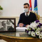 Otvorena Knjiga žalosti i u zagrebačkoj Gradskoj skupštini, prvi se upisao Herman