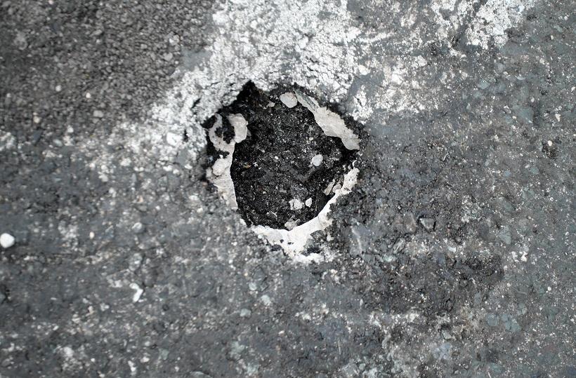 VIJEĆNIK SI DAO TRUDA Pobrojao 41 udarnu rupu na 1500 metara ceste