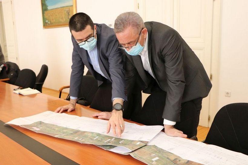 Sastanak u Županijskoj upravi (4)