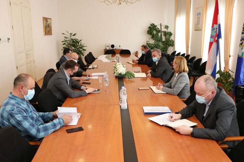 Sastanak u Županijskoj upravi (5)
