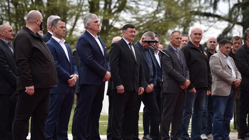 """Milanović odlikovao sudionike akcije """"Plitivice"""""""