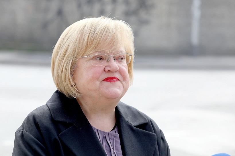 Mrak Taritaš: 'Vlada mora hitno reformirati sustav socijalne skrbi'