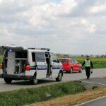 Policija utvrdila okolnosti izlijetanja vozila; protiv vozača pokrenuli prekršajni postupak