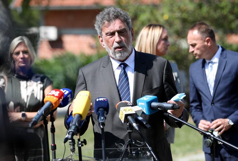 Ministar Fuchs iz Krapinskih Toplica: 'Ako postoje pravila, ona vrijede za sve'
