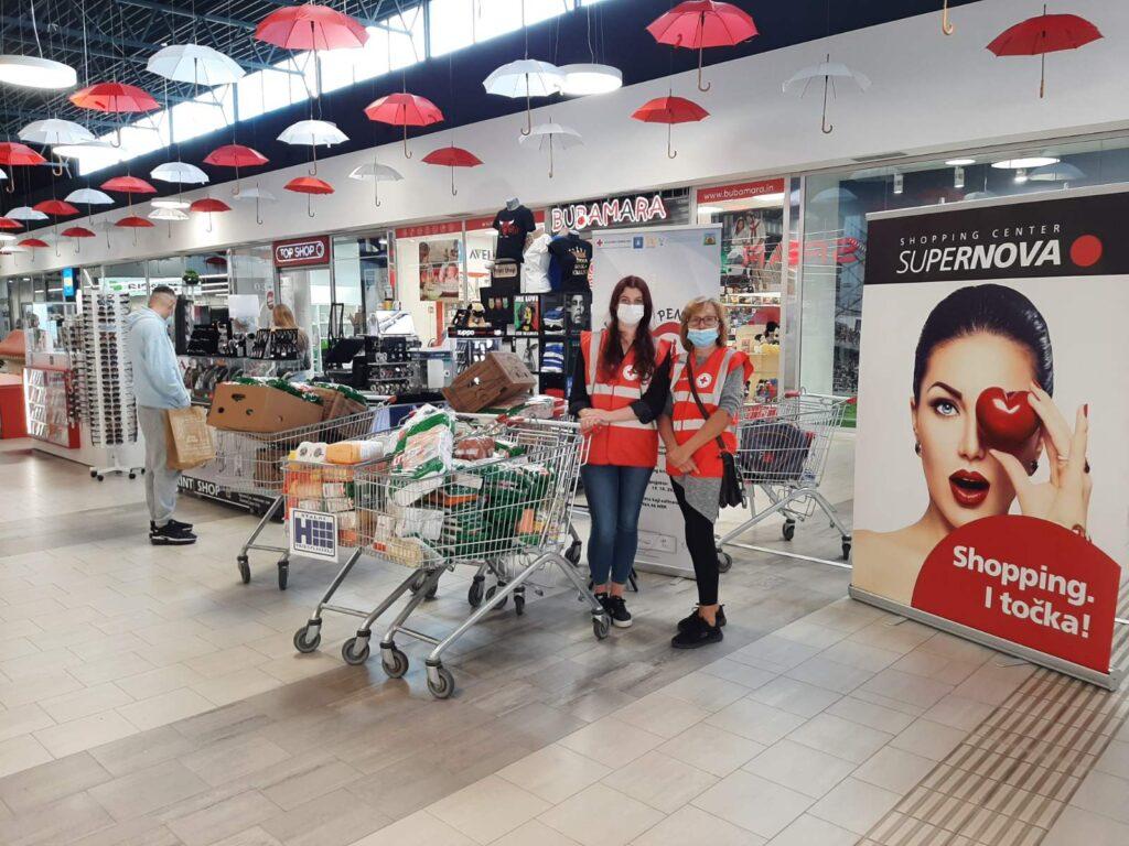Koprivnički Crveni križ prikupio 240 kilograma hrane i 13 komada higijenskih potrepština