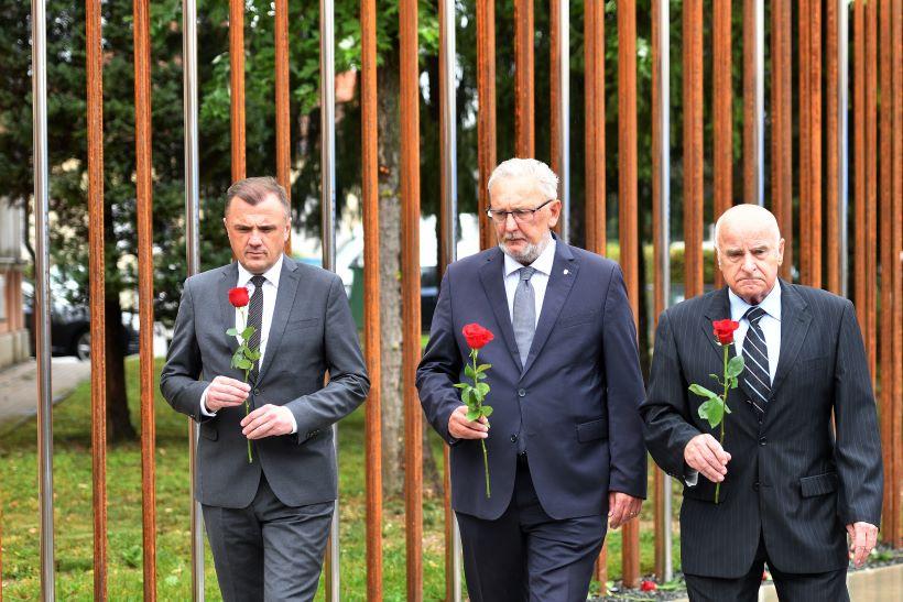 Božinović na otkrivanju spomenika za varaždinske policajce: Bili su na svim ratištima