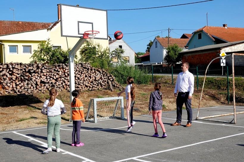 Nova dječja igrališta u đurđevačkim prigradskim naseljima