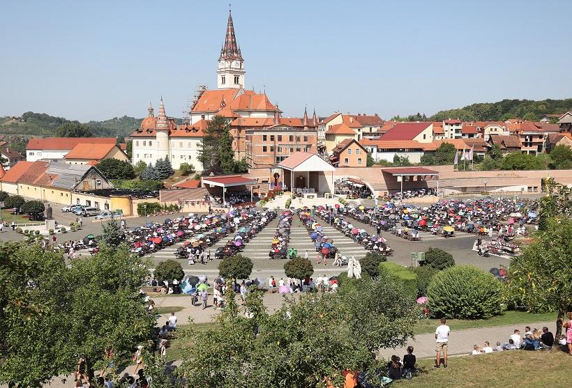 Oko 7000 vjernika iz Zagreba na hodočašću u Mariji Bistrici