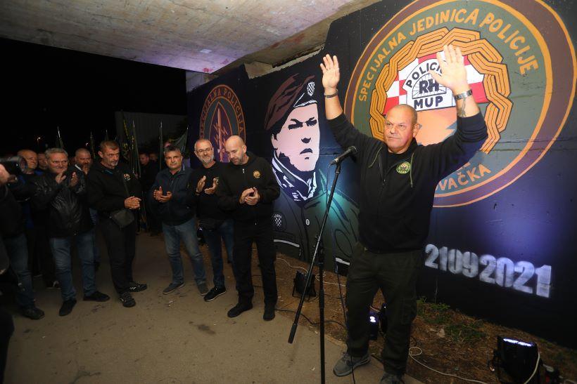 Kod Koranskog mosta otkriven mural Miše Hrastova