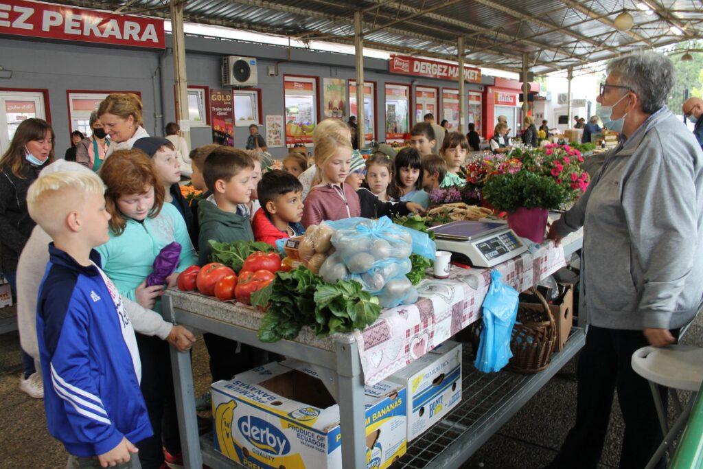 Edukativna šetnja koprivničkom tržnicom u sklopu Europskog tjedna mobilnosti