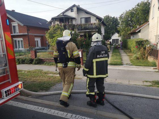 Brzom reakcijom vatrogasca spašena obiteljska kuća