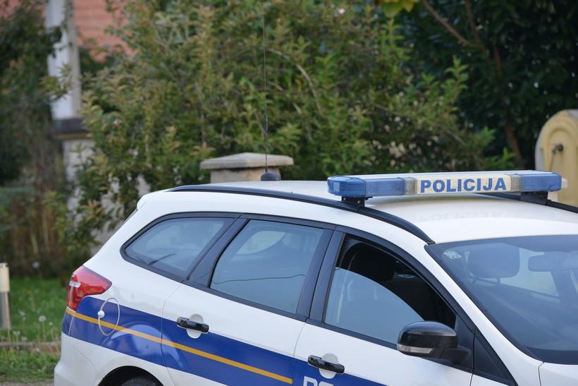 Dvojac prijetio 49-godišnjaku da će ugroziti njegov život