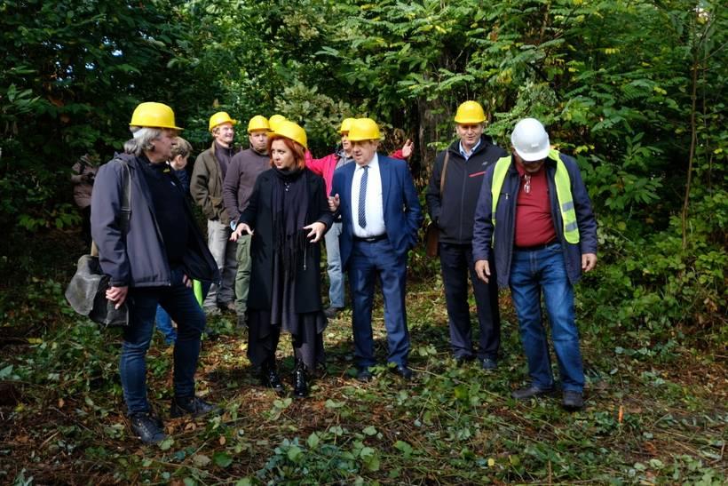 """Počeli radovi na uređenju edukativno rekreativne staze """"Upoznajmo šumu"""" u Park šumi Stražnik"""